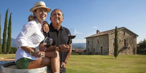 Galvão em sua vila na Toscana.Producao de Brunellos